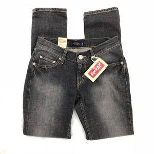 NWT Juniors curvy cut 528 jeans